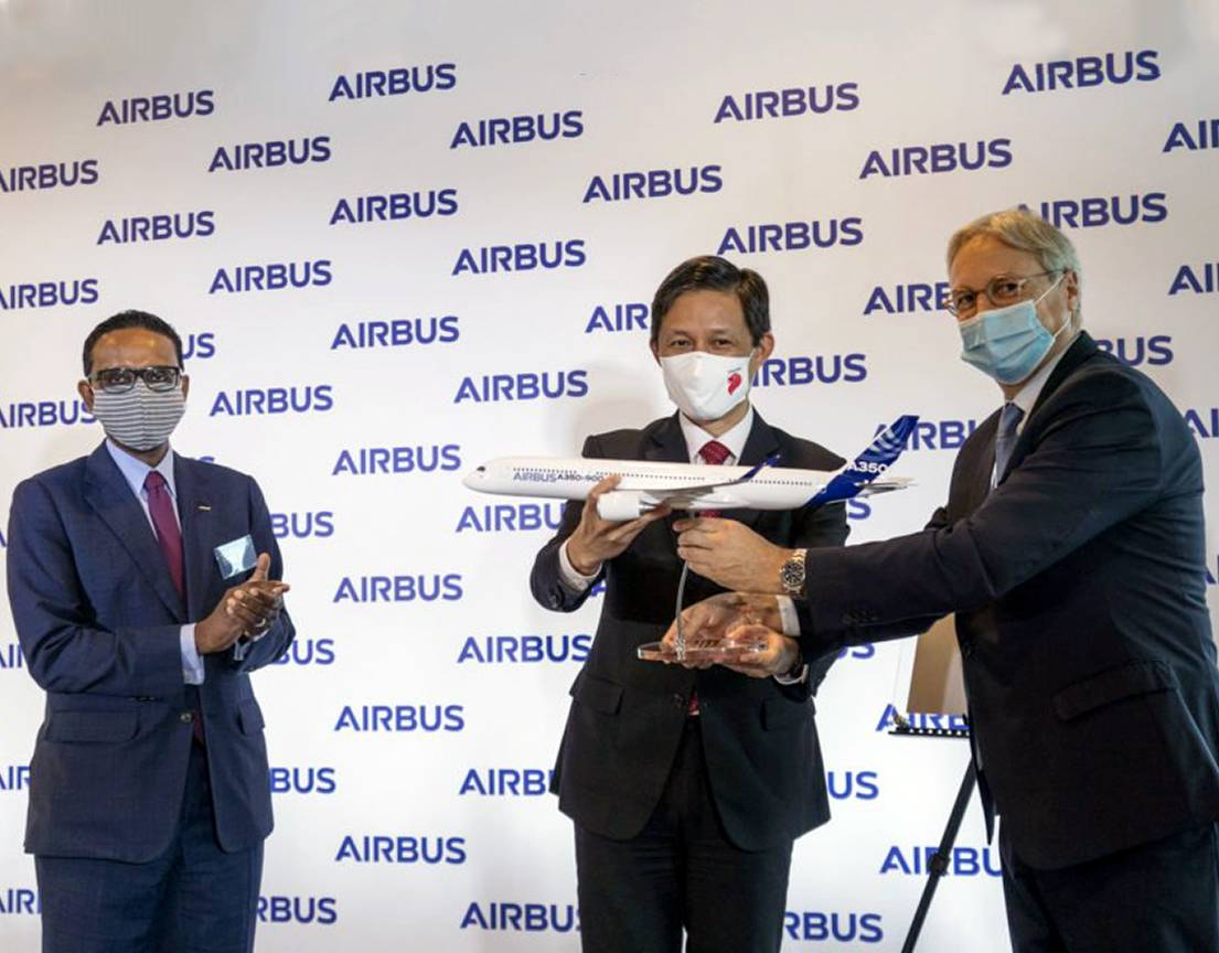 (Left-right) Anand Stanley, President Airbus Asia-Pacific, Christian Scherer, Chan Chun Sing, Minister for Trade and Industry, Airbus Chief Commercial Officer, Head of International and Member of the Airbus Executive Committee at the Airbus Singapore campus inauguration. Airbus Photo