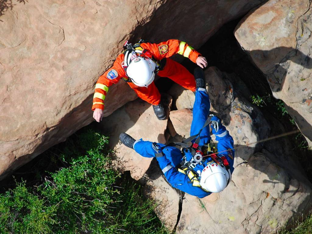 Air Rescue Concepts offers helicopters-based SAR courses geared toward rescue hoist training, swift water hoist rescue training, and rescue swimmer training. Air Rescue Concepts Photo
